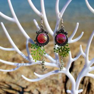 """Boucles d'oreille """"Sirènes aux écailles roses"""" - Boucles d'oreille de sirène - Bijoux Galatée Merveilles - bijoux de sirène - bijoux coquillage - bijoux fantaisies"""