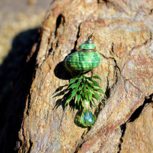Pendentif le vert Océan - bijoux galatée merveilles - pendentif de sirène - bijoux de sirène - flacon de sirène - bijoux de coquillage - bijoux fantaisies - colliers de sirène