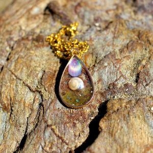 """Pendentif """"Goutte rose"""" - bijoux galatée merveilles - pendentif de sirène - bijoux de sirène - bijoux coquillage - bijoux fantaisies - colliers de sirène"""