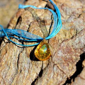 """Pendentif """"Ecaille d'or"""" - bijoux galatée merveilles - pendentif de sirène - bijoux de sirène - bijoux coquillage - bijoux fantaisies - colliers de sirène"""