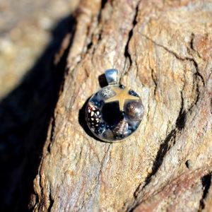 "médaillon ""Dark"" - bijoux galatée merveilles - médaillon de sirène - pendentif de sirène - bijoux de sirène - flacon de sirène - bijoux de coquillage - bijoux fantaisies - colliers de sirène"
