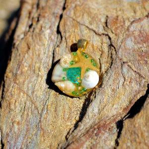 """médaillon """"Bella Verde"""" - bijoux galatée merveilles - médaillon de sirène - pendentif de sirène - bijoux de sirène - flacon de sirène - bijoux de coquillage - bijoux fantaisies - colliers de sirène"""